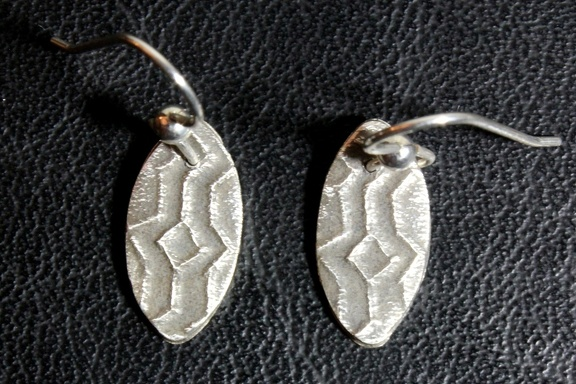 Zag Parabola Earrings
